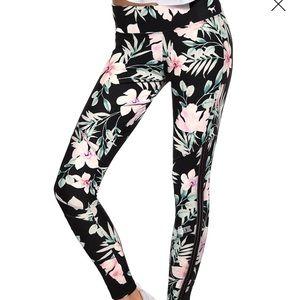 Victoria's Secret pink floral cotton legging